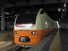 秋田駅10:35発 いなほ8号2008Mに乗り換え。 羽越本線を一気に南下。