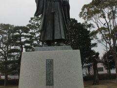 千波公園にある水戸黄門像