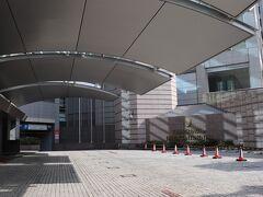 芝浦出口から2km、8分。 本日の宿は、ストリングスホテル東京インターコンチネンタル。 品川イーストワンタワーの地下駐車場へ。  タイムズ品川イーストワンタワー https://times-info.net/P13-tokyo/C103/park-detail-BUK0046536/