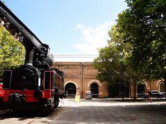 レッドファーン駅に隣接するキャリッジワークス、ここはかつて蒸気機関車を製造する工場でした。今でも工場の建物は残されて、当時の様子が垣間見られます。