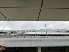 それでは那覇空港旅客ターミナルビルを後にして、ゆいレールを乗りつぶしていきたいと思います。