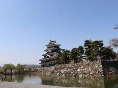 私の松本城のイメージってこのアングルのような気がします。