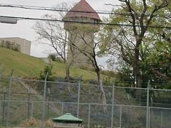 環状線に入り東山給水塔を眺めながら進みます