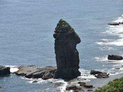 自然が作り上げた芸術品②の立神岩です.