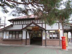 06:49 「長瀞駅」着。 いつもながら自宅最寄駅を始発で発ち、朝早くからやって来ました。