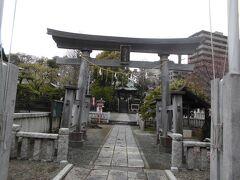 その青柳寺に隣接しているのが鹿島神社です。