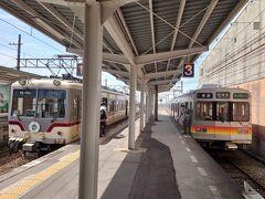 ★12:28 50分程のちょっと長い移動でしたが、快適な14760系のお陰でさほど苦にならず上市駅に到着。