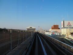 続いてシーサイドラインに乗りたくなり、新杉田に移動し、一番後ろの特等席に座ってしばしご満悦。