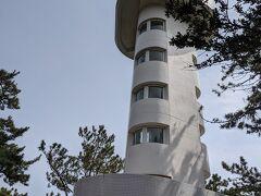 門脇崎灯台  コロナ感染予防のため、中に入ることはできませんでした。