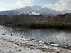 さらに時間があったので、妙高山を真正面に見れるいもり池にも立ち寄りました。