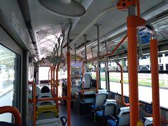 バスも空き空き