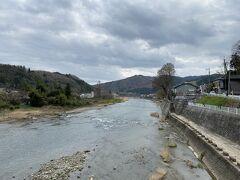 久慈川に出てきました。 少し川沿いを歩きます。