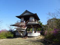 バスの待ち時間が1時間ほどあったので、関金温泉をしばし散策。小高い山の上の亀井公園に行ってみました。