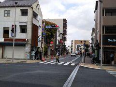 さて、駅前から続く「成田山新勝寺」の表参道へ☆