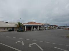 石垣港離島ターミナルへ。