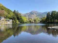 小さいながらも  雰囲気のある湖です  秋から冬の朝霧が有名です