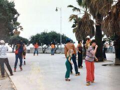 1979年 サンタモニカ ローラーブレード社のインラインスケートが発売され当時大流行だったローラースケート。