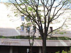 一ツ橋出口から5.5km、19分。 本日の宿はホテルインターコンチネンタル東京ベイ。 ニューピア竹芝サウスタワーの地下駐車場へ。1泊3,000円。  タイムズニューピア竹芝サウスタワー https://times-info.net/P13-tokyo/C103/park-detail-BUK0026718/