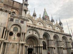 サンマルコ寺院 見学は翌日