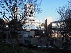 東戸塚のオーロラモールで所用(wifiルーターの解約)を済ませて駅反対口へ移動。ここからバスに乗って渓谷の近くまで移動します。