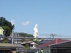 静岡から箱根に行くには小田原で乗り換えるのが普通ですが、地図をみると小田原乗り換えはかなりの寄り道 小田原の手前の早川で降りて箱根登山鉄道まで歩きます
