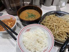 羽田空港から2日連続の川崎へ。 10ヶ月ぶりの中本へ。