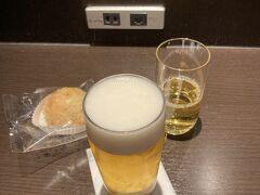 今日初めてのビール。