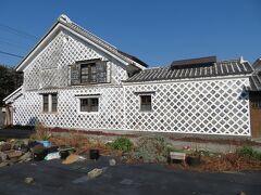 西伊豆の松崎町にある、なまこ壁通りに寄り道。