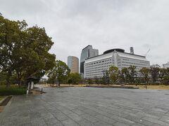NHK大阪放送会館、大阪歴史博物館、大阪府警察本部などが近くにあり