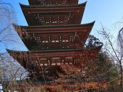 最勝院の五重塔.弘前城がなかったらたぶんこれが弘前市のシンボルになっていたのではないかと思われる歴史のある五重塔で,国の重要文化財になっているそうです.