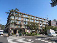 そのすぐ前にあるホテルメトロポリタン鎌倉