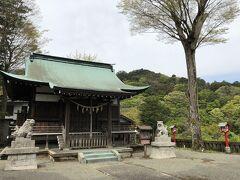ホテルから小涌谷の方へ5分ほどで、箱根神社。 元箱根にある箱根神社の分社です。