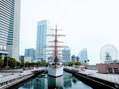 日本丸正面。 コロナ流行以降、帆を上げているのを見なくなった、なんだか寂しい。