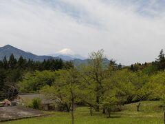 「君恋温泉から見た富士山」11:24通過。 写真でみるよりに肉眼で見る方が大きく綺麗でした。