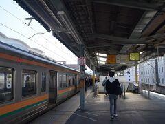 さてスタートはJR両毛線に乗って桐生駅からです。