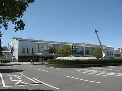 西武・航空公園駅です。