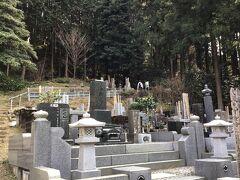 飯能戦争で死んだ渋沢平九郎の墓は明治6年に作られた。