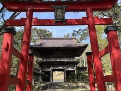 日和山公園からすぐ近くに立派な神社があるので参拝行っときましょ。