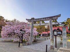 松前神社。