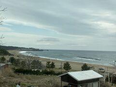いい海岸(その名も白浜海水浴場!)もあるのですね。 この辺りもゆっくりと旅したら面白いところなのでしょう。