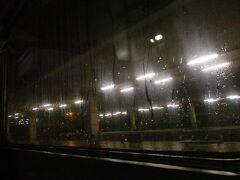 昨日宿泊して、晩ごはんのマクドを買いに来たベネチアメストレ駅も出発し