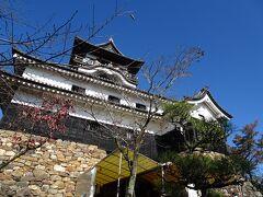 犬山城に到着  入場料はまさかのキャッシュレス対応済みでした 早速天守閣へ