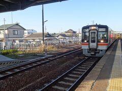 可児駅から太多線に乗り、多治見駅で乗り換え恵那駅へ向かいます