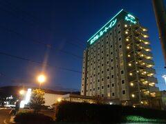 この日のホテル、ルートイン恵那に到着  ホテルの周りはロードサイドの飲食店があるので、食事には困りませんでした