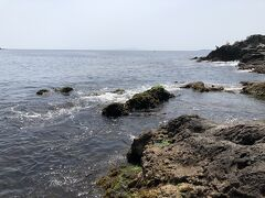 番場浦海岸は、一段と美しい岩場です。