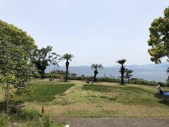 お林展望公園は、広い芝生の広場です。