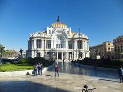 ベジャス・アルテス宮殿 (Palacio de Bellas Artes)