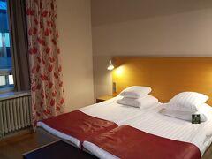 オリジナル・ソコスホテル・ヘルシンキ。 シンプルで清潔、駅近くの町の中心に位置するが、夜は静かにやすめた。