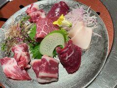 【菅乃屋 銀座通り店】  馬刺しを食べました 生臭く無いし、脂も程よくて美味しい~