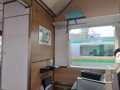 小山駅手前で、水戸線に転線の為しばし停車。